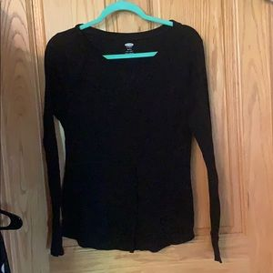 Fitted black old navy thermal top